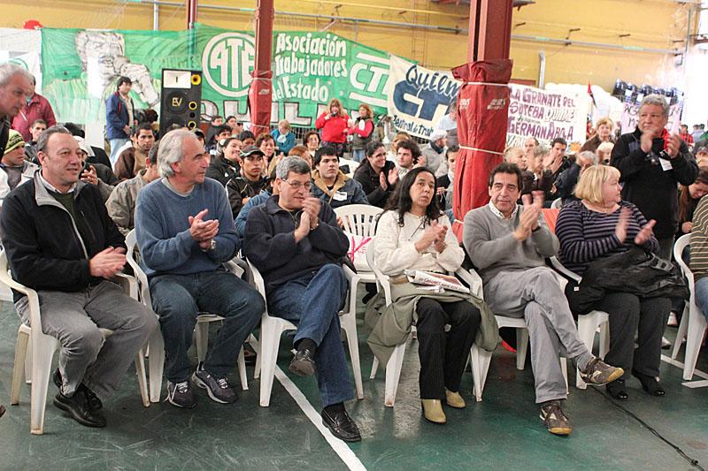 Hugo Amor, Ricardo Peidro, Víctor De Gennaro, Cachorro Godoy y Selva Guillén