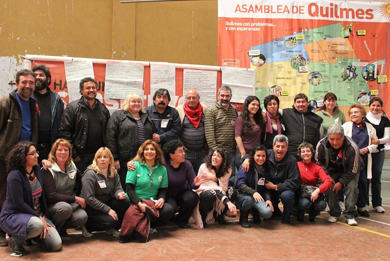 Parte del equipo promotor de la Asamblea de Quilmes hacia la Constituyente Social