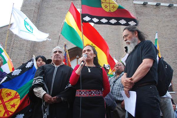 Bety Pichiñan toma la palabra