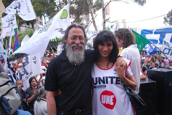 Jorge Muñoz de la Pastoral Social y Alejandra Barragán, concejal del UNE